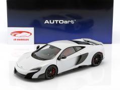 McLaren 675 LT año de construcción 2016 sílice blanco 1:18 AUTOart