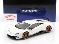 Lamborghini Huracan Performante année de construction 2017 monocerus blanc 1:18 AUTOart