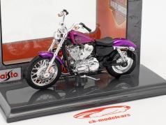 Harley-Davidson XL 1200V Seventy-Two año de construcción 2013 violeta 1:18 Maisto