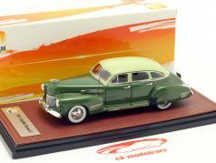 Cadillac Series 63 Bouwjaar 1941 groen 1:43 GLM