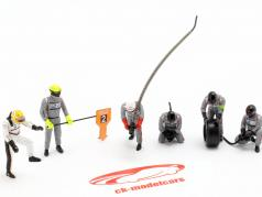 Porsche Figuren-Set Winner 24h LeMans 2017 Earl Bamber 1:43 Spark