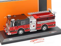 Seagrave Marauder II pompiers rouge / noir 1:43 Ixo