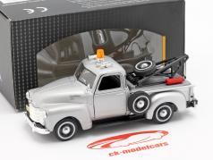 Chevrolet C3100 Tow Truck prateado metálico 1:43 Cararama