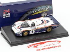 Porsche 956 #1 gagnant 24h LeMans 1982 Ickx, Bell 1:64 Spark