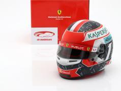 Charles Leclerc Ferrari SF90 #16 formel 1 2019 hjelm 1:2 Bell