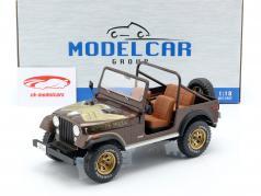 Jeep CJ-7 Golden Eagle année de construction 1976 brun foncé métallique 1:18 Model Car Group