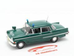 Opel Kapitän polizia verde in bolla 1:43 Altaya