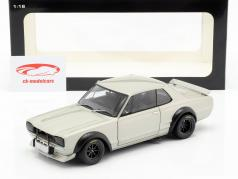 Nissan Skyline GT-R (KPGC-10) Racing ano de construção 1972 prata 1:18 AUTOart