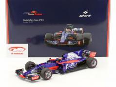 Daniil Kvyat Toro Rosso STR12 #26 Australia GP fórmula 1 2017 1:18 Spark 2. elección