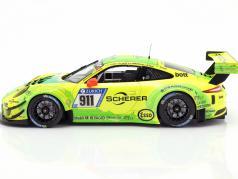 Porsche 911 (991) GT3 R #911 24h Nürburgring 2017 Manthey Racing Grello 1:18 Minichamps
