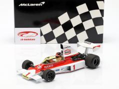 Emerson Fittipaldi McLaren M23 #1 Formel 1 1975 1:18 Minichamps