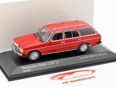 Mercedes-Benz 230 TE (W123) anno di costruzione 1982 rosso 1:43 Minichamps