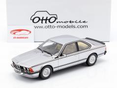 BMW 635 CSI Coupe (E24) Baujahr 1982 silber metallic 1:18 OttOmobile