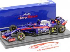 Daniil Kvyat Scuderia Toro Rosso STR14 #26 Chine GP formule 1 2019 1:43 Spark