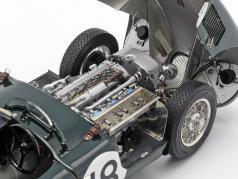 Jaguar C-Type #18 winnaar 24h LeMans 1953 Rolt, Hamilton 1:18 CMC