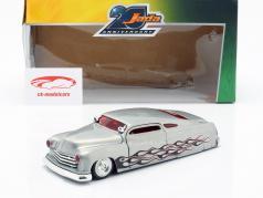 Mercury Bouwjaar 1951 zilver 1:24 Jada Toys