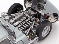 Jaguar Lightweight E-Type с съемный топ Год постройки 2015 серебро 1:18 AUTOart