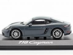 Porsche 718 Cayman jaar 2016 donkergrijs 1:43 Minichamps