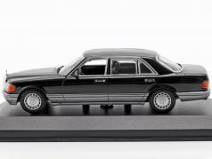 Mercedes-Benz 560 SEL (V126) year 1990 black 1:43 Minichamps