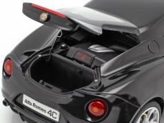 Alfa Romeo 4C год 2013 черный 1:18 AUTOart