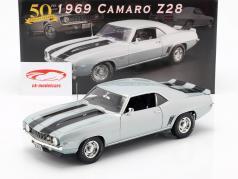 Chevrolet Camaro Z28 year 1969 silver / black 1:18 GMP