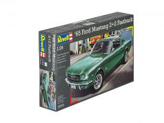 Ford Mustang 2 2 Fastback kit grün 1:24 Revell
