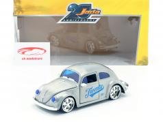 Volkswagen VW Beetle year 1959 silver grey / blue 1:24 Jada Toys