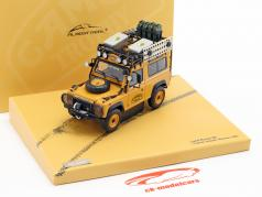 Land Rover Defender 90 Camel Trophy Borneo 1985 gelbbraun 1:43 Almost Real