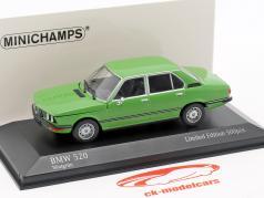 BMW 520 E12 ano de construção 1974 verde 1:43 Minichamps