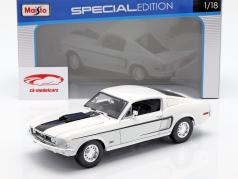 Ford Mustang GT Cobra Jet Year 1968 white 1:18 Maisto