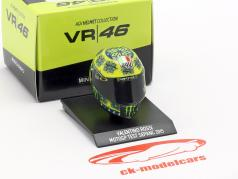 Valentino Rossi Test Sepang MotoGP 2015 AGV Helm 1:10 Minichamps
