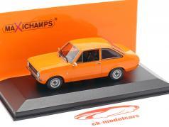 Ford Escort ano de construção 1975 laranja 1:43 Minichamps