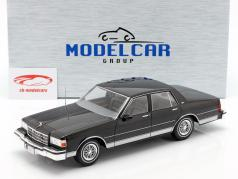 Chevrolet Caprice year 1987 black 1:18 Model Car Group