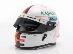 Sebastian Vettel Ferrari SF90 #5 formula 1 2019 helmet 1:2 Arai