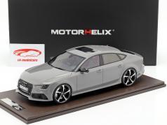 Audi RS7 Sportback Performance ano de construção 2016 cinza nardo 1:18 MotorHelix