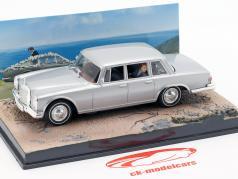 Mercedes-Benz 600 film di James Bond in auto di Sua Maestà Segreto 1:43 Ixo