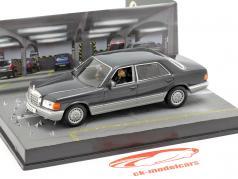 Mercedes Benz S Class película de James Bond coches Tomorrow Never stribt 1:43 Ixo
