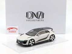 Volkswagen VW Golf GTE Sport Concept Car weiß 1:18 DNA Collectibles