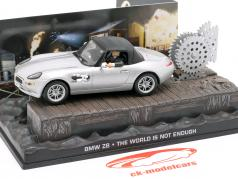 Carro BMW Z8 James filme de James Bond O mundo não é suficiente prata 1:43 Ixo