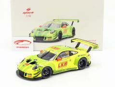 Porsche 911 GT3 R #911 FIA GT World Cup Macau 2018 L. Vanthoor 1:18 Spark