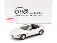 Mazda MX-5 ano de construção 1990 Silverstone prata 1:18 OttOmobile