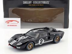 Ford GT40 MK II #2 vencedor 24h LeMans 1966 McLaren, Amon 1:18 ShelbyCollectibles
