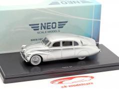 Tatra 87 ano de construção 1940 prata metálico 1:43 Neo