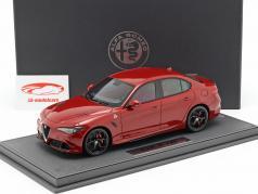 Alfa Romeo Giulia Quadrifoglio Verde 2015 red with showcase 1:18 BBR