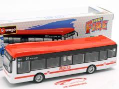 City Bus branco / vermelho / preto 1:43 Bburago