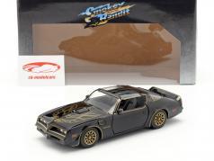 Pontiac Firebird 1977 Movie Smokey and the Bandit (1977) black 1:24 Jada Toys