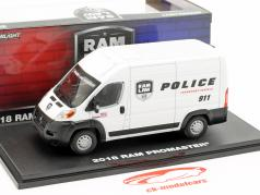 RAM ProMaster 2500 Cargo van Police Transport 2018 branco 1:43 Greenlight