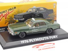 Plymouth Fury Checker Cab 1976 película Beverly Hills Cop (1984) 1:43 Greenlight