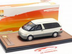 Toyota Previa Baujahr 1994 weiß 1:43 GLM