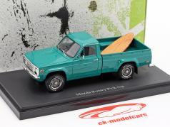 Mazda Rotary Pick-Up Bouwjaar 1974 donker turkoois 1:43 AutoCult